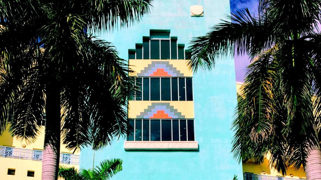 Art Deco exterior | © Francesca Saracao/Unsplash