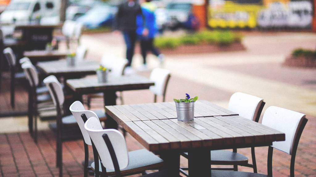 https://www.pexels.com/photo/street-view-of-a-coffee-terrace-with-tables-and-chairs-6458/