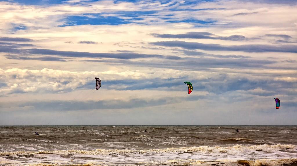 Kite surfers | ©Foto-Rabe/Pixabay