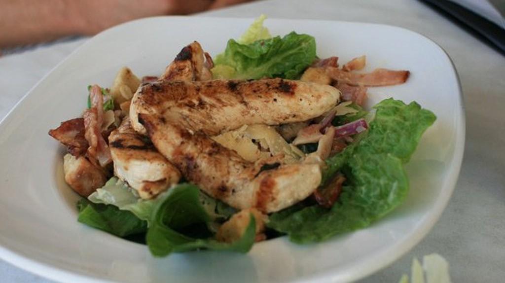 Caesar Salad | ©Leanne P./Yelp