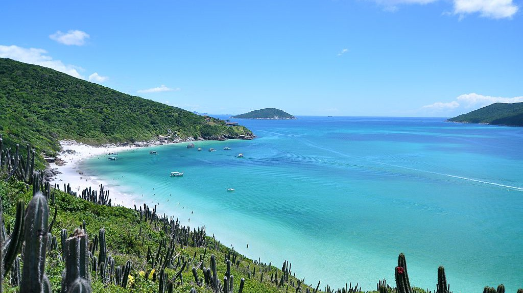 Praia do Forno, a beach in Arraial do Cabo |© Leonardo Shinagawa/WikiCommons