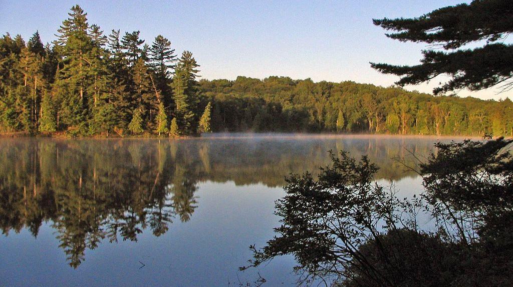 Long Pond, Adirondacks | © Mwanner/WikiCommons