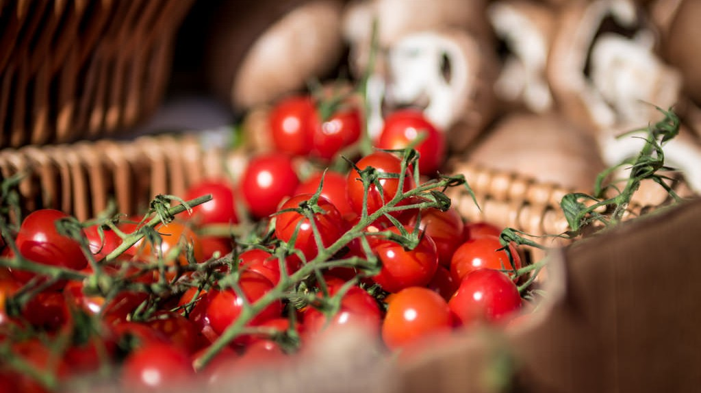 Farmers  Food | © Alasdair/Flickr
