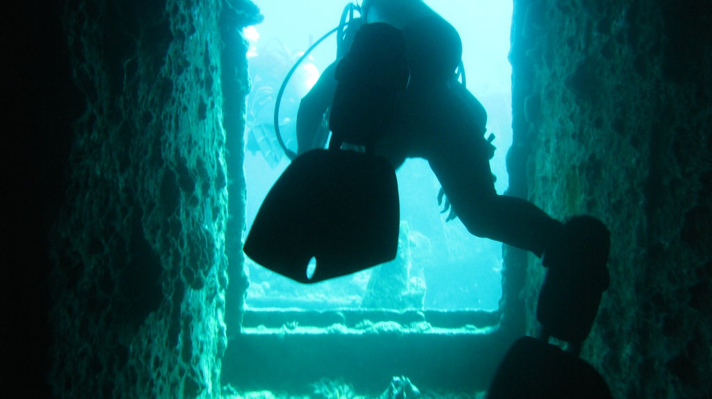 The Treasure Coast gets its name from the history of shipwrecks and sunken treasure that draw in thousands of divers each year. | Courtesy of Euan Kennedy/Flickr