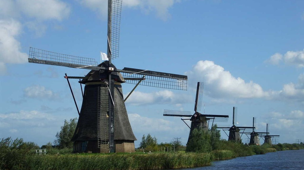 The mill network at Kinderdijk-Elshout | © Lidia Fourdraine/Wiki Commons