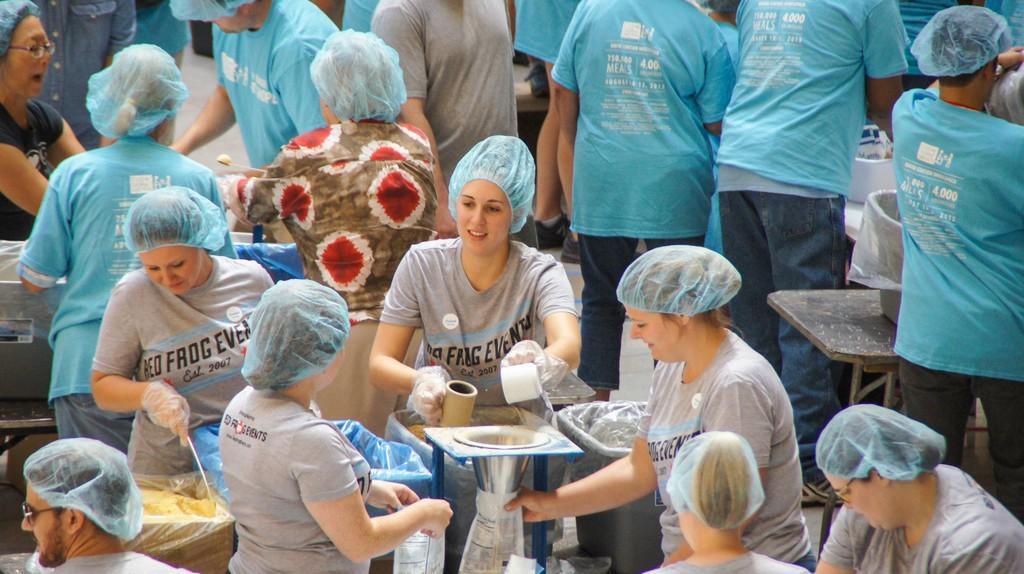 Chicago volunteers   © Feed My Starving Children/Flickr