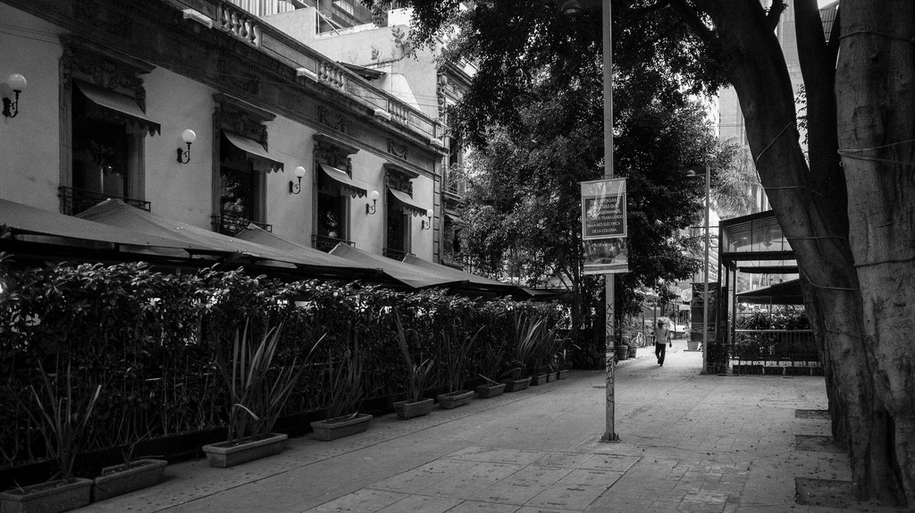 Zona Rosa in black and white   © Serge/Flickr