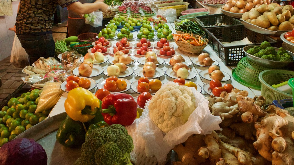 Market in Bangkok | ©  Courtesy of Kelly Iverson