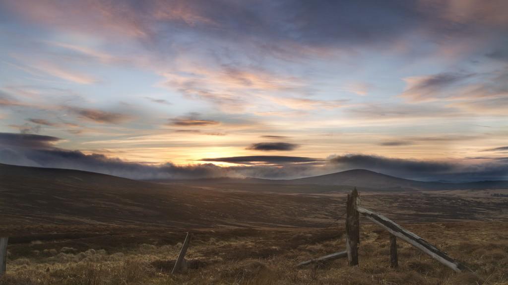 Sunset in Wicklow | © John/Flickr
