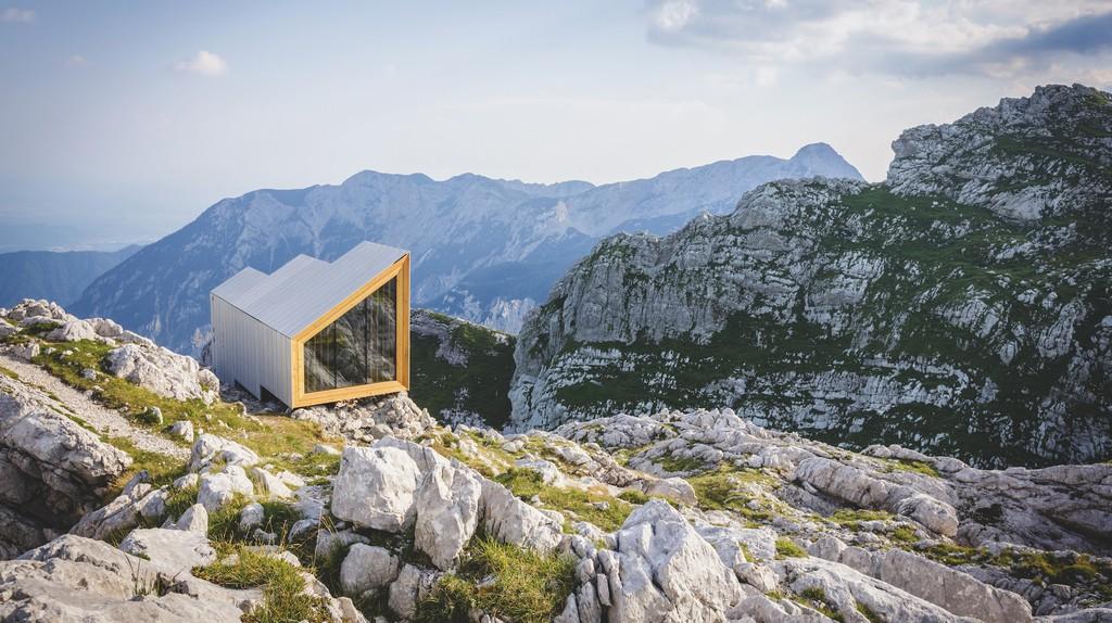 Rider Smart Elements and OFIS Arhitekti, Alpine Shelter, 2016, Skuta, Slovenia | © OFIS Architecture