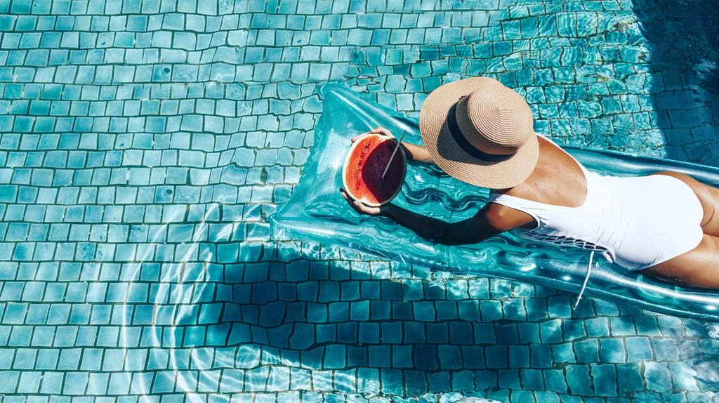 Poolside © Alena Ozerova/Shutterstock