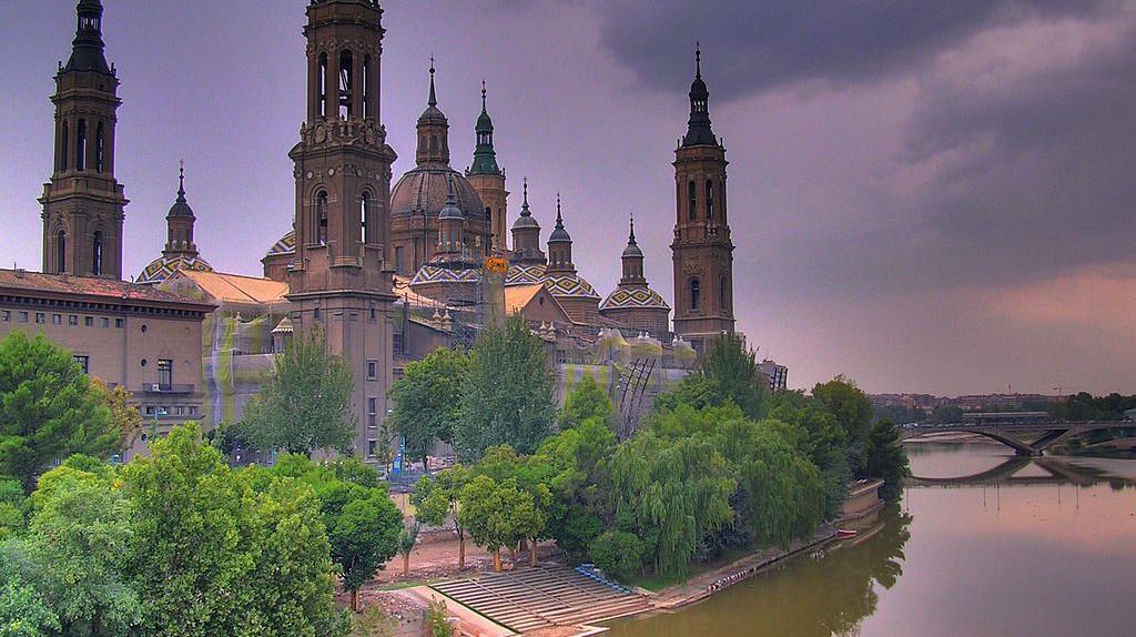 View of the Basílica de Nuestra Señora del Pilar, Zaragoza, Spain | © Willtron/WikiCommons