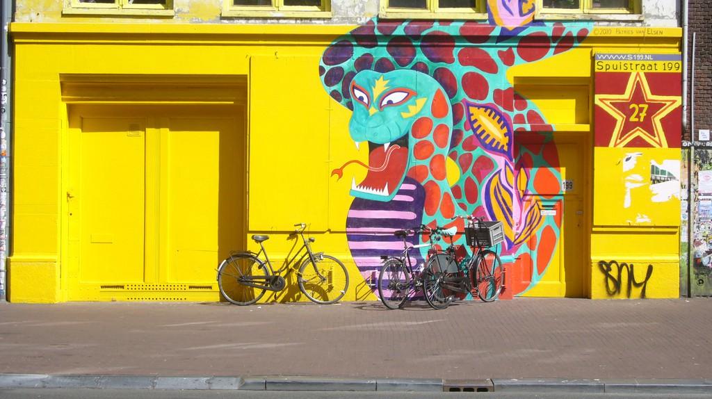 A former squat on Spuistraat | © furdis / Flickr