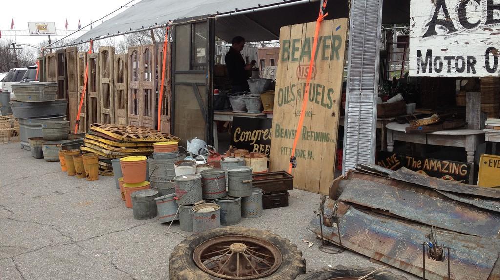 The Best Flea Markets Amp Thrift Stores In Nashville