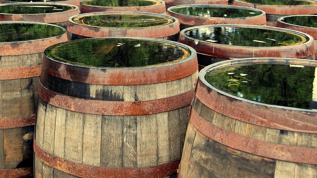 Islay Barrels | © Yves Jusot/Flickr