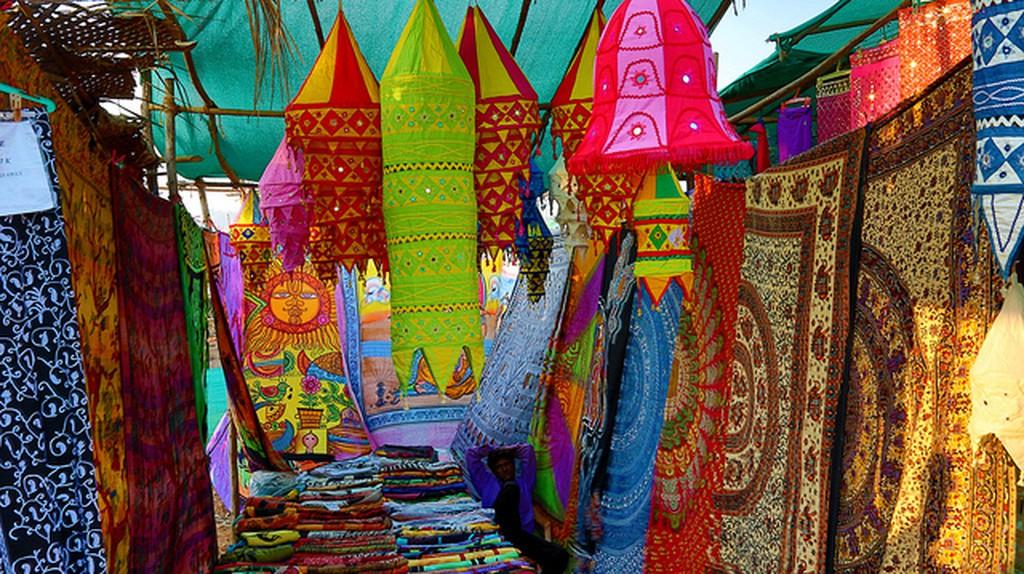 Indian Flea Market ©Andrzej Wrotek /Flickr
