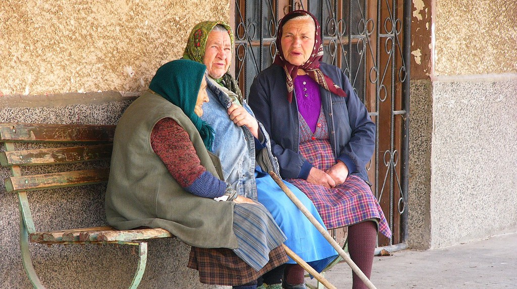 Bulgarian old ladies | Pixabay