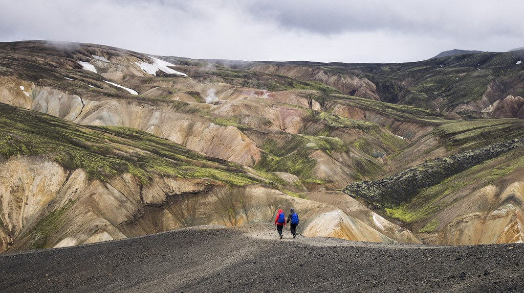 Hiking in Iceland | Pixabay