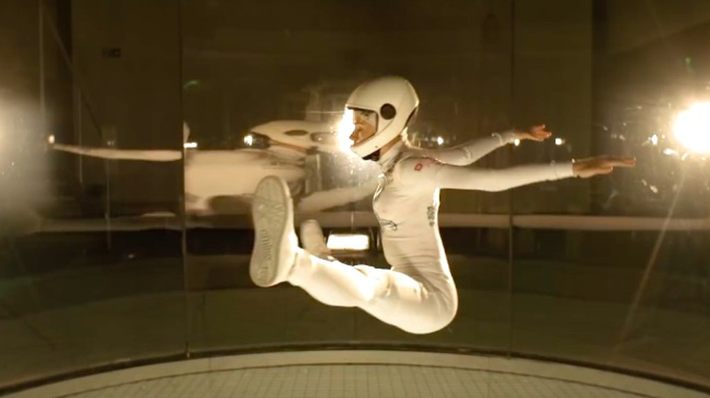 Kyra Poh indoor skydiving | © youtube.com
