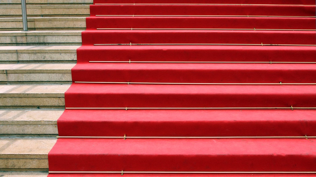 The red carpet on the famous La Croisette Boulevard, Cannes, France | © elen_studio/Shutterstock