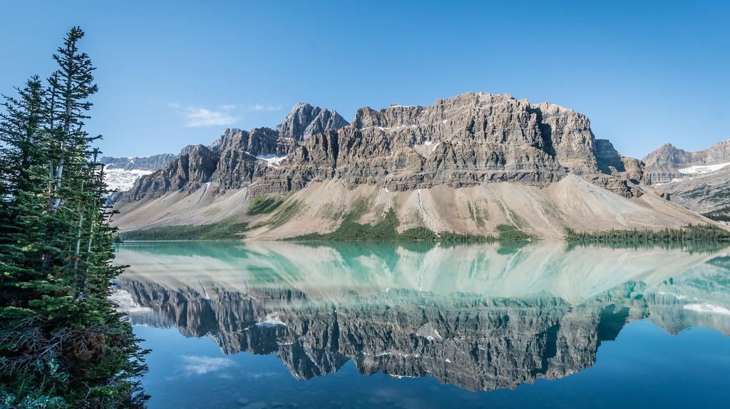 Bow Lake in Banff National Park | © Gregsu / Flickr