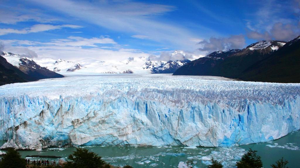 Front view of the Perito Moreno Glacier   © pclvv/Flickr