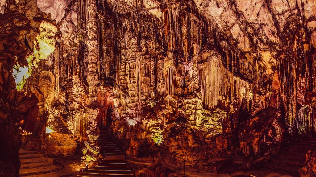Cuevas de Artá   © Cristian Bortes / Flickr