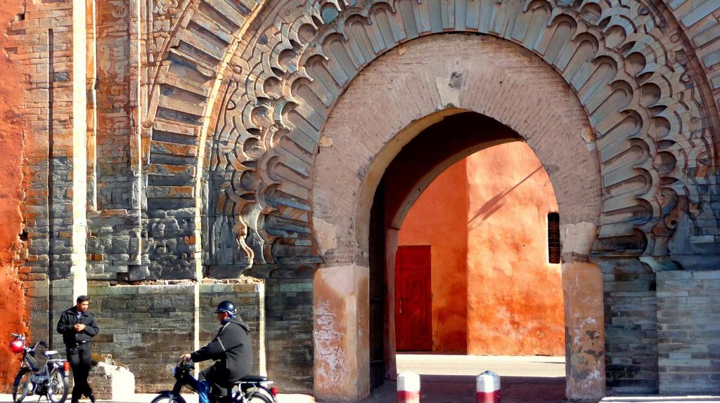 Bab Agnaou gate leading into the medina, Marrakesh | © Martin Pilkington / Flickr
