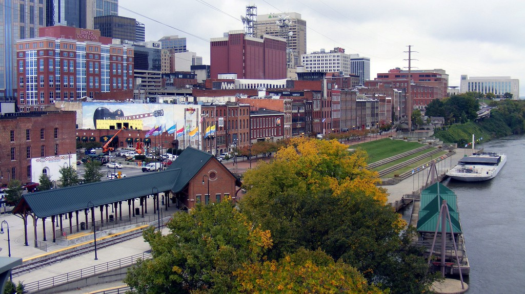 Downtown Nashville by the Riverfront | © Andre Natta / Flickr