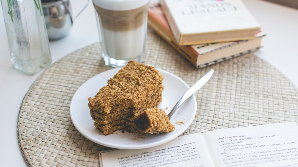 Coffee in Finland is typically served with cake | Jakub Kapusnak/ Foodiesfeed