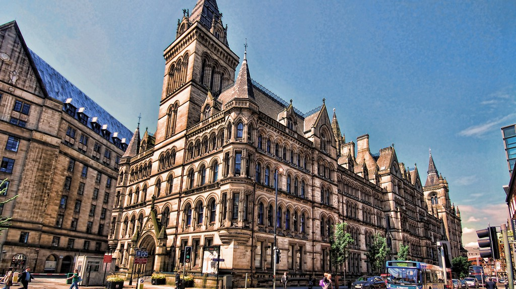 Manchester Town Hall   © Stephen / Flickr