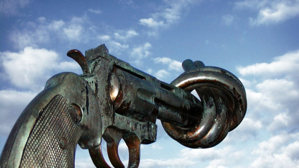 The Knotted Gun | © Francois Polito/Wikipedia Commons