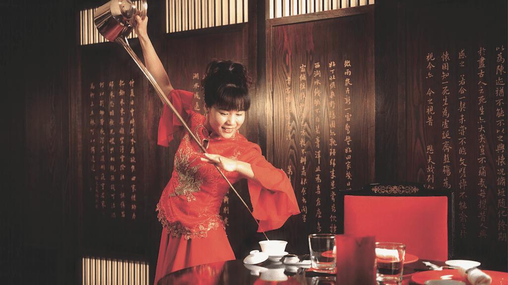 Chinese Tea Ceremony at China Mood   © Al Bustan Palace, A Ritz-Carlton Hotel