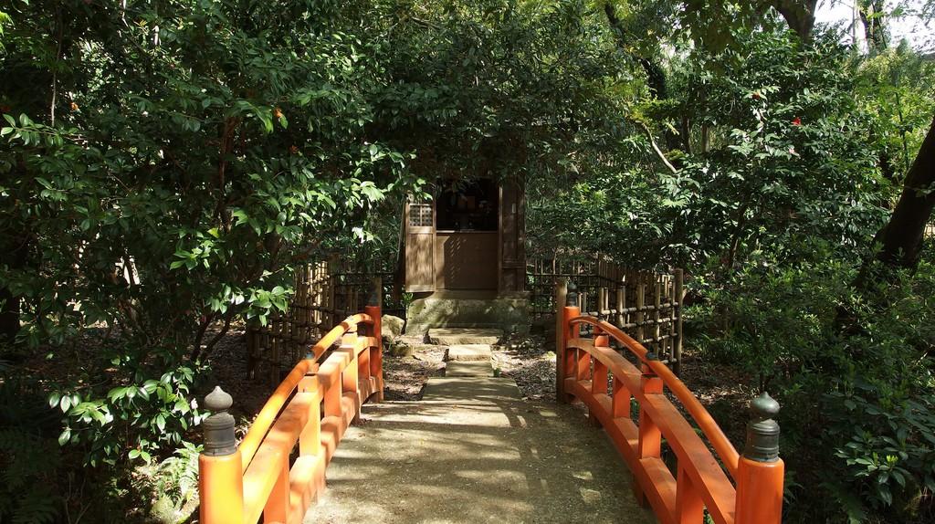 Todoroki Valley and Todoroki Fudo Temple   © Guilhem Vellut/Flickr