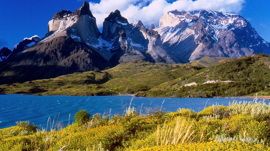 Cuernos del Paine in Torres del Paine National Park | © Miguel Vieira/Flickr
