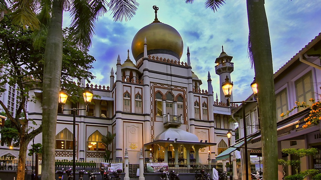 The Sultan Mosque at Kampong Glam, Singapore | © Erwin Soo / Flickr</a>