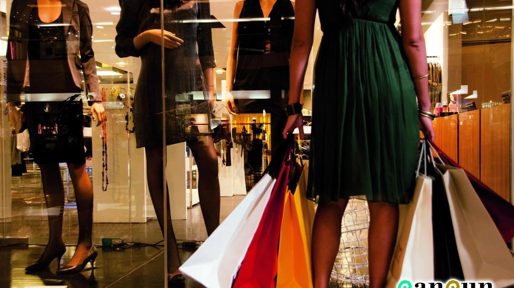 Shopping    Image Courtesy of CancunCVB