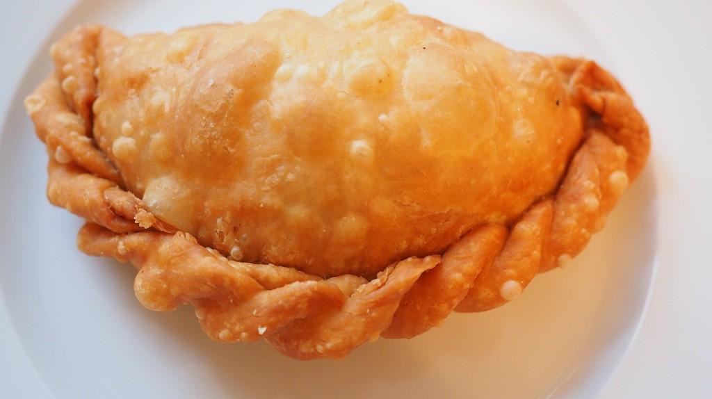 A fried empanada   Pixabay