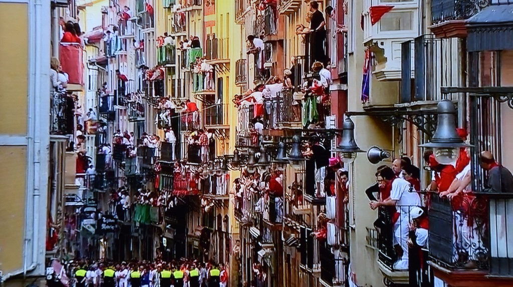 Balconies during San Fermin, Pamplona | © Marcela Escandell / Flickr