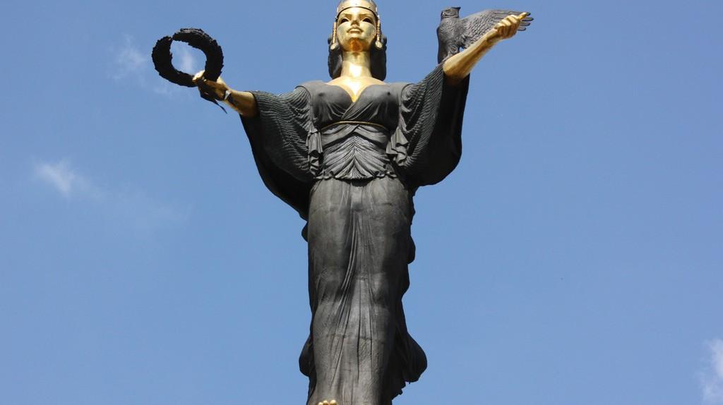 Saint Sofia Statue, Sofia, Bulgaria   Klearchos Kapoutsis/Flickr