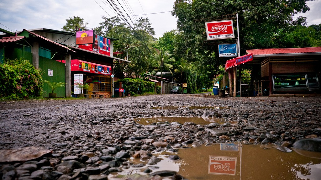 Village of Dominical | © Rawmeyn/Flickr