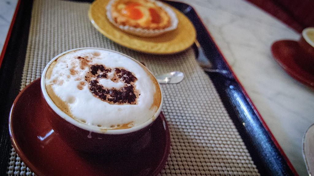 Caffe | ©lesphotodejerome/Flickr