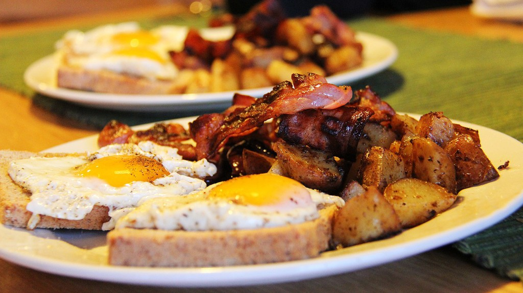 Breakfast | © sharonang/Pixabay