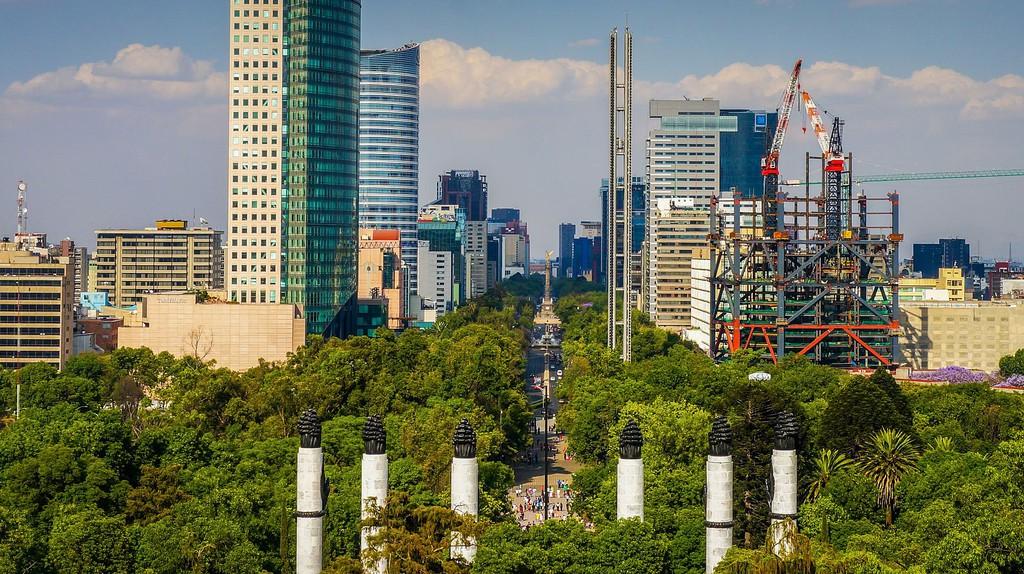 Bosque de Chapultepec, seen from the Castillo   © GameOfLight/WikiCommons