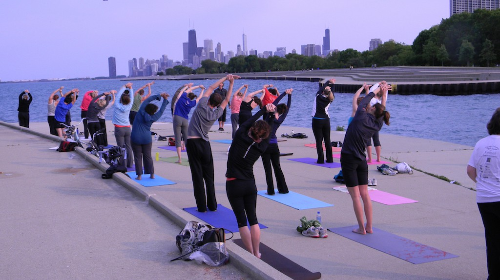 Yoga by the Lake | Courtesy of Fitness Formula Clubs
