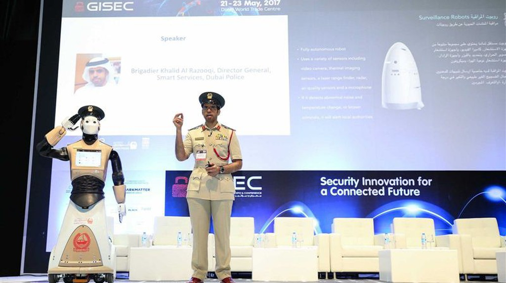 The robocop unveiled | Courtesy of Dubai Media Office