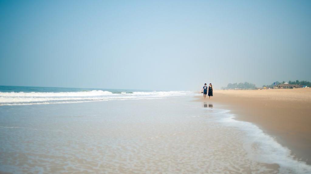 Goa Beach Sunrise © Andrew Kneebone / Flickr