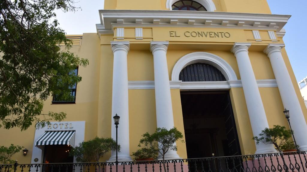 Hotel El Convento in Old San Juan   © Todd Van Hoosear/ Flickr