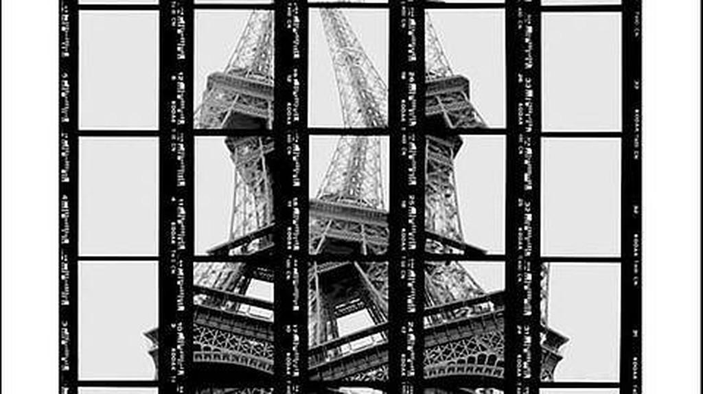 02#10, Paris, Tour Eiffel, 1997   © Thomas Kellner