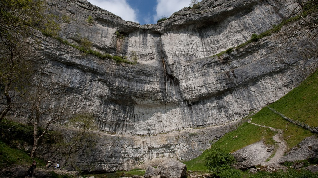 Malham Cove | © alh1 / Flickr